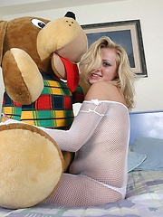 Malina with bear
