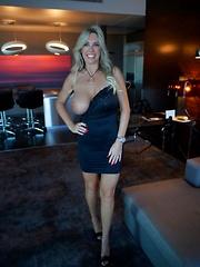 Wifey Gets Banged Hard In Vegas
